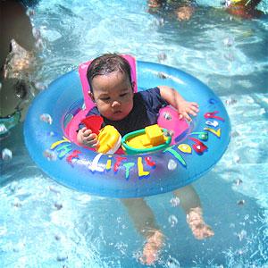 20050523-swimming2.jpg