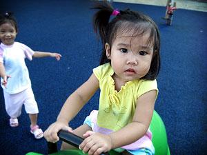 20060429_playground1.jpg