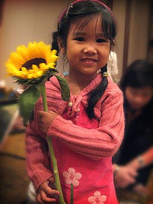 20071024_sunflowergirl1.jpg