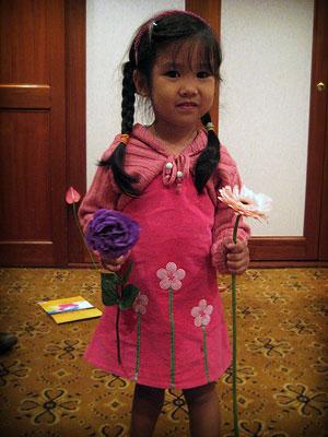 20071024_sunflowergirl2.jpg