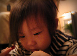 20040627-littledrummergirl-03.jpg